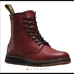 Dr Martens Newton Cherry Rd Rouge.